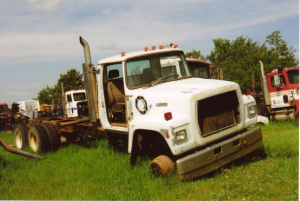 Ford CLT9000 - Salvage 1105-FORD